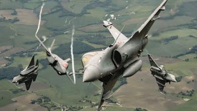 Pesawat F-35 dan Rafale Perancis Latihan Bareng