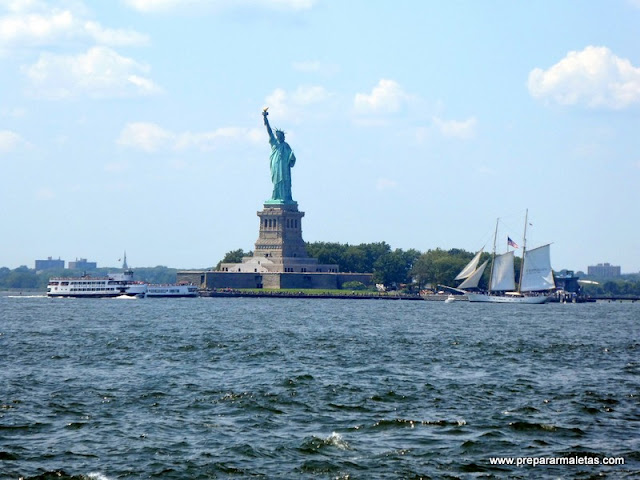 Estatua de la Libertad desde Governors Island