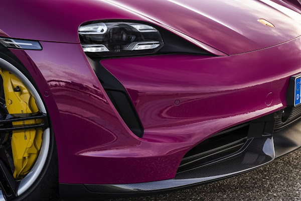 Porsche Taycan 2022 tem novidades e mais autonomia