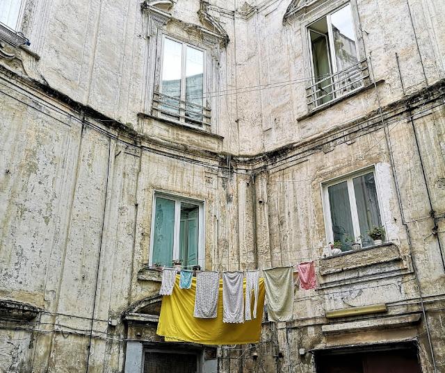 Palazzo nel Rione Sanità a Napoli