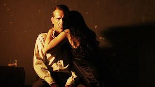 """""""Κόκκινα φανάρια"""" του Αλέκου Γαλανού, σε σκηνοθεσία Βαρβάρας Δουμανίδου."""