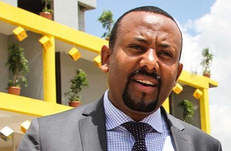 """رئيس وزراء إثيوبيا يهدد بقطع الإنترنت """"إلى الأبد"""""""