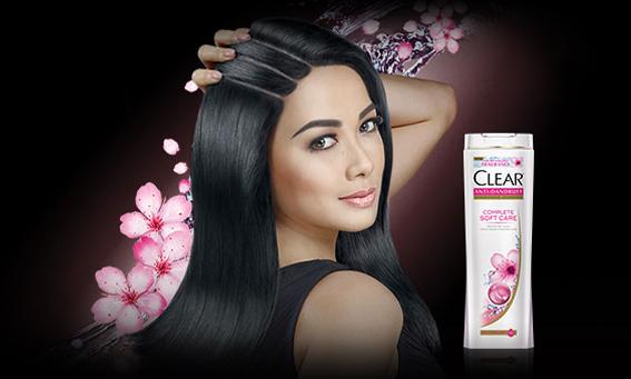 Tips Menghilangkan Ketombe Dengan Shampo Clear