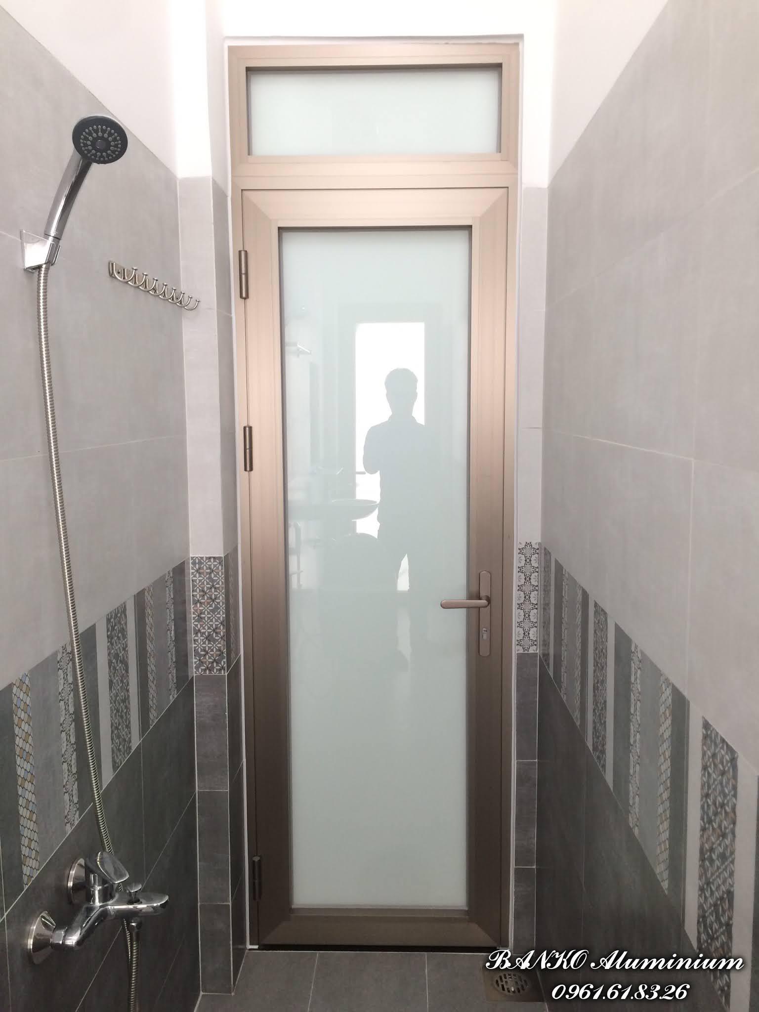 Cửa nhà tắm Hondalex kính trắng sữa