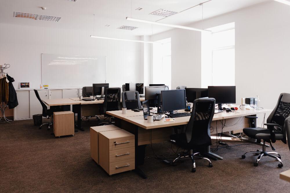tips-mendekorasi-ruang-kantor-yang-memotivasi