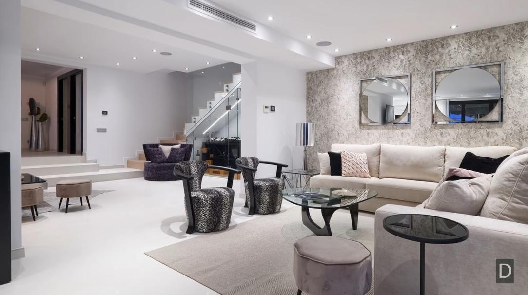 33 Interior Design Photos vs. Villa for Sale in Marbella 【2.495.000€】Two Exquisite Water Features