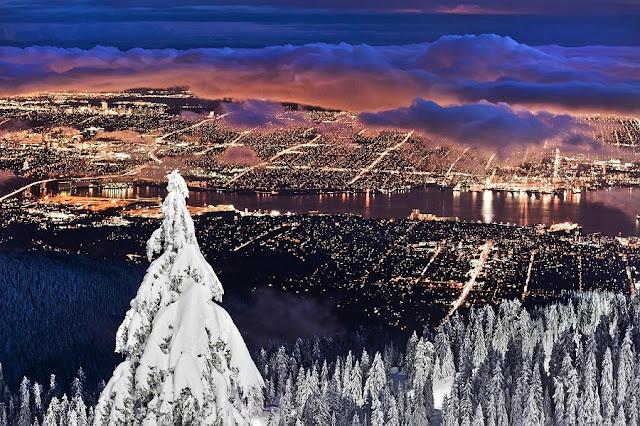 Grouse Mountain e sua vista de Vancouver