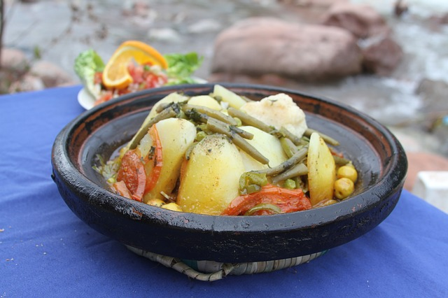 Experience the signature dish of Morocco : the Tagine
