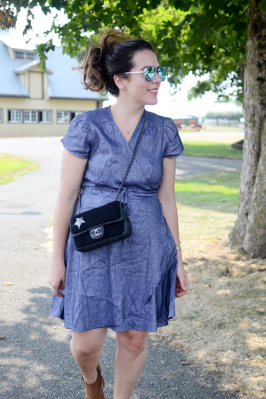 Le Chateau made in canada linen chambray dress cute country outfit chanel bag 3 date night dress aleesha harris vancouver blogger