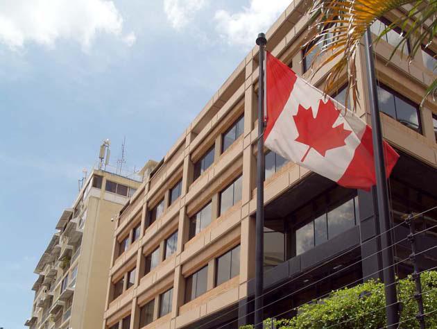 Venezuela emprende acciones diplomáticas contra Canadá