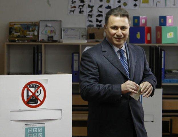 Σκόπια: Φυλάκιση δύο ετών στον Γκρούεφσκι για υπόθεση διαφθοράς