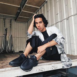 Biodata Naim Daniel, Penyanyi dan Pelakon Lelaki Lingkungan Cinta