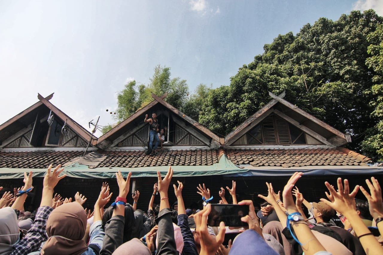 Yang Digiring: Kekacauan Gara-gara DPR, Jokowi di Pihak Rakyat