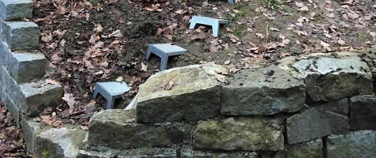 Böschungen im Garten begehen - Stufen