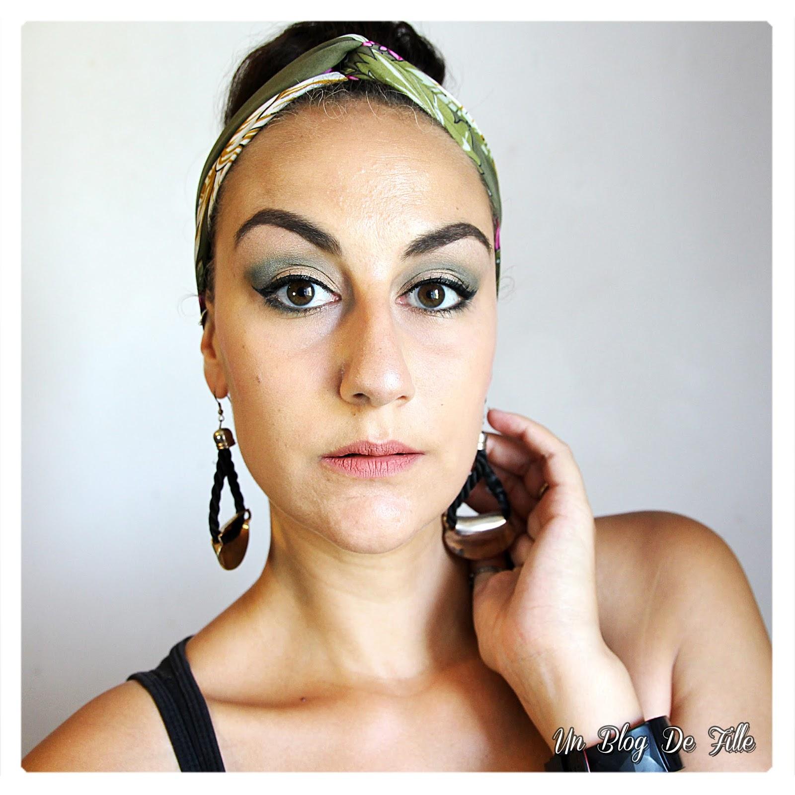 http://www.unblogdefille.fr/2018/08/maquillage-champagne-et-vert-foret.html
