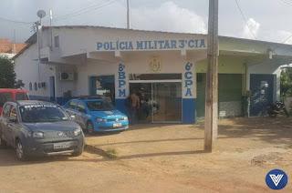 http://vnoticia.com.br/noticia/3163-pm-prende-homem-com-mandado-de-prisao-em-aberto-no-centro-de-sfi