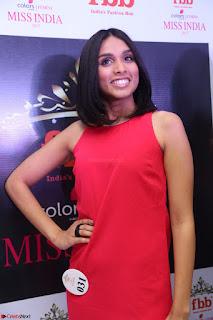 Spatika Surapaneni in Red Tight Dress at FBB Miss India 2017 finalists at Telangana auditions Feb 2017 (17).JPG
