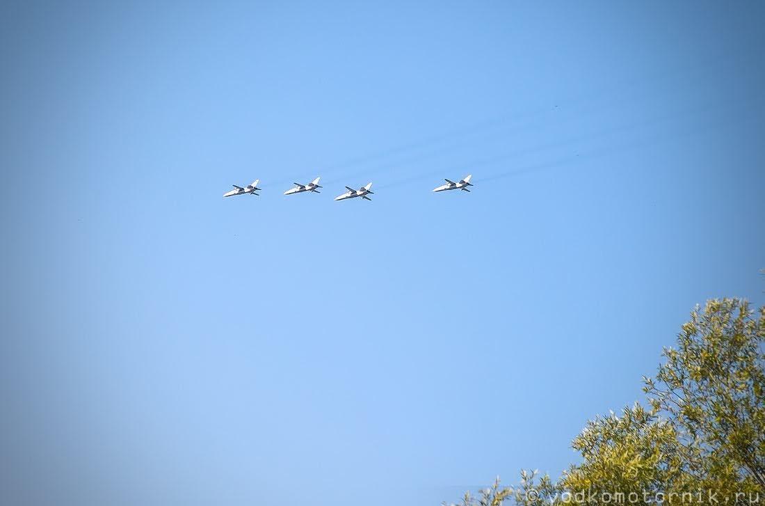 Споттинг - четверка соколов в небе