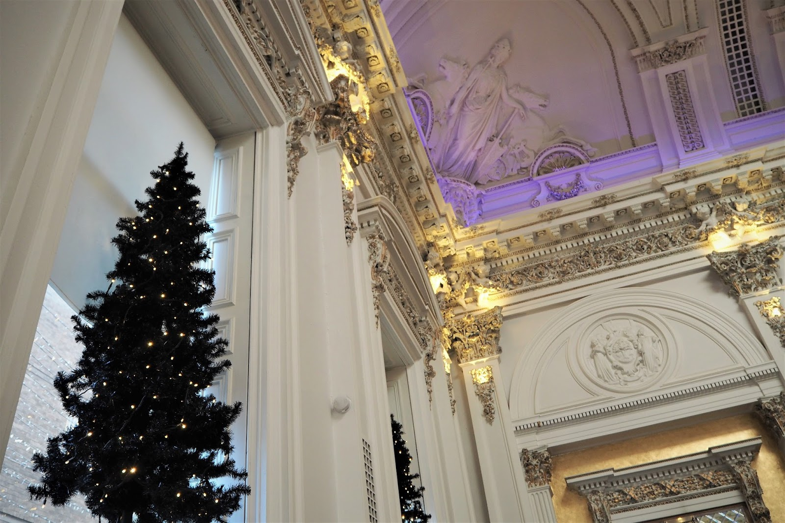 Afternoon Christmas tea at The Corinthian Club Glasgow