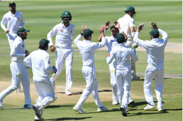 The Johannesburg test, the beats attack on the players, the match had to stop