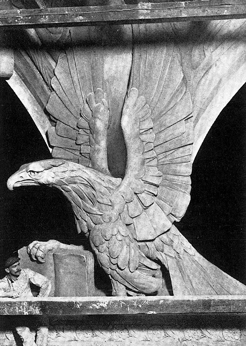 1901 German sculpture, a giant eagle