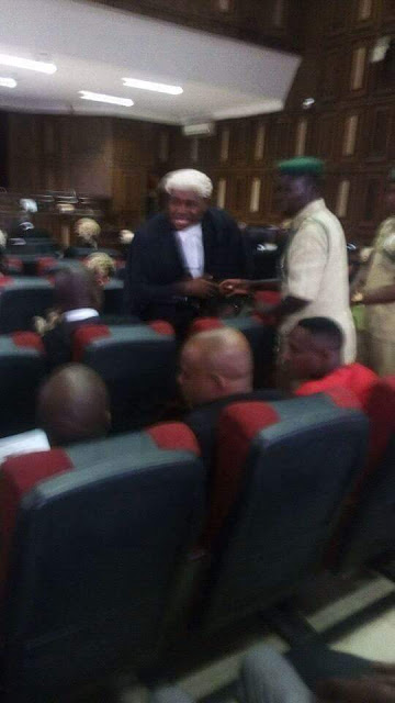 FEDERAL HIGH COURT AGOG AS POPULAR NOLLYWOOD ACTOR KENNETH OKONKWO STORMS COURT ROOM IN DEFENCE OF NNAMDI KANU