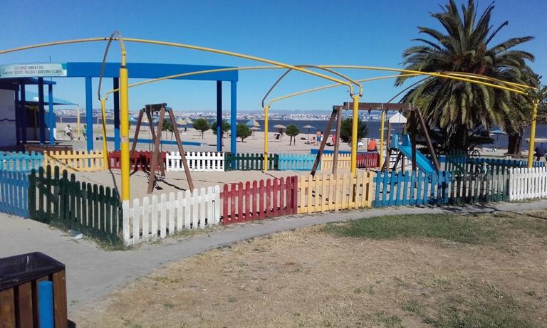 Parque Infantil Praia Samouco