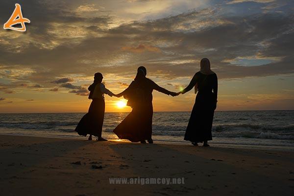 Sunset di Pantai MJ Muara Indah Desa Arung Parak Sambas