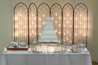 Pretty awesome Lighted Wedding Cake Stands