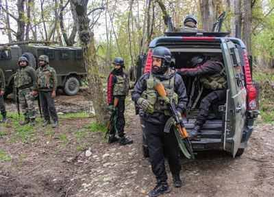 Jammu Kashmir - shopian encounter today