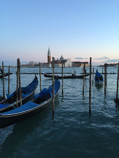 Venezia,Venice,visit venice italy,places to visit in venice italy,venice it at night,venice night tour,venice walking tour,venetian night,maine things to see in venice,places to see in venice,venice travel tips,where to go in venice,