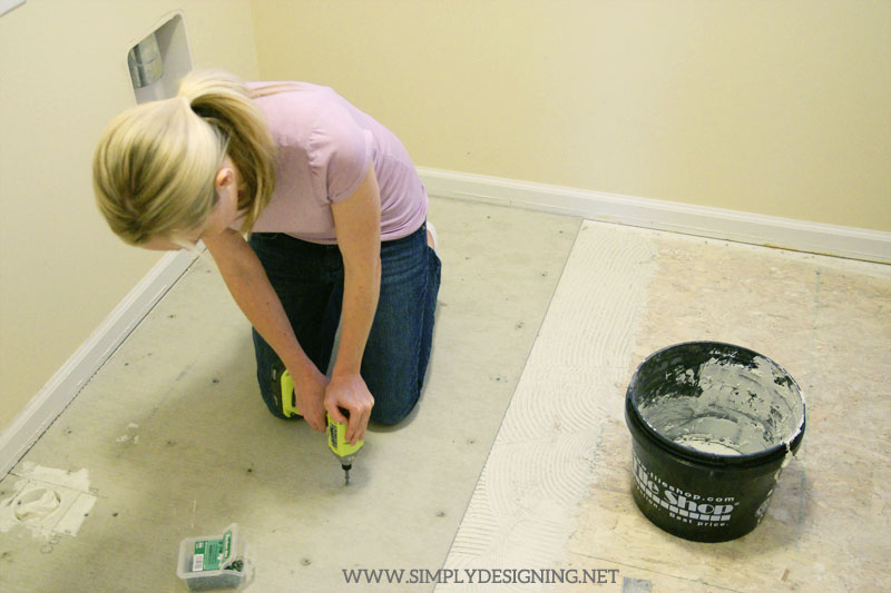 How to Install Concrete Backer Board | a complete tutorial for how to demo, prep, install concrete backer board and install new tile floors | #diy #tile #homeimprovement #hexagontile #travertine #thetileshop @thetileshop