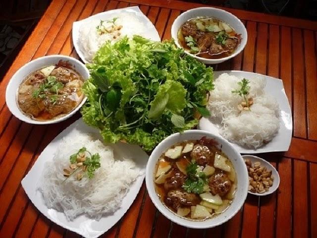 Bún chả Hoa Đông - hàng bún lâu năm nhất tại Sài Gòn