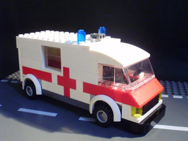 MOC LEGO ambulância.