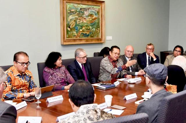 Di Hadapan Akademisi Victoria University, Bamsoet Tegaskan Politik Luar Negeri Indonesia Bebas Aktif