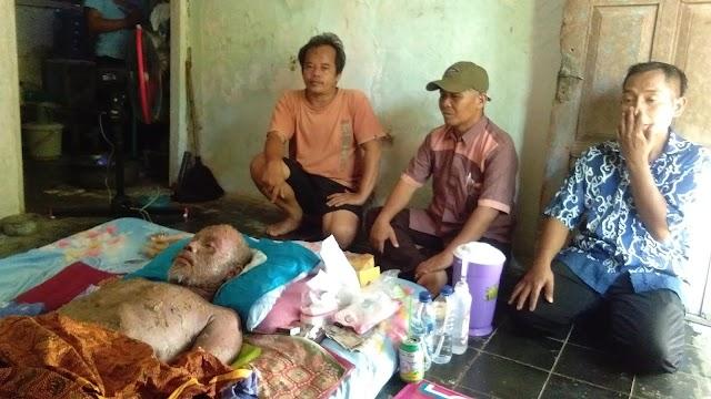 Haer, Anggota DPRD Kab.Pangandaran Kunjungi Warga Yang Terbaring Sakit