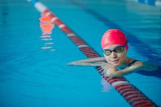 5 Manfaat Berenang Yang Perlu Kamu Ketahui Versi Kaum Rebahan ID