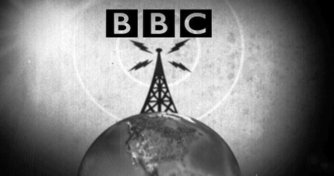 Anuncio en blanco y negro de la BBC