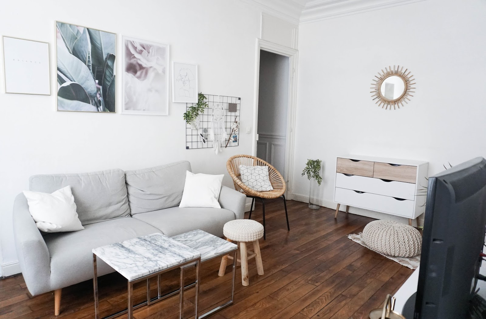 notre appartement parisien alicia mechani blog mode et lifestyle sur paris. Black Bedroom Furniture Sets. Home Design Ideas