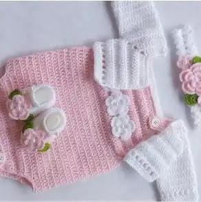 Mameluco Bebé a Crochet