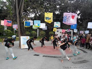 Penampilan Animal Pop Dance Festival, memadukan tari tradisional dan modern