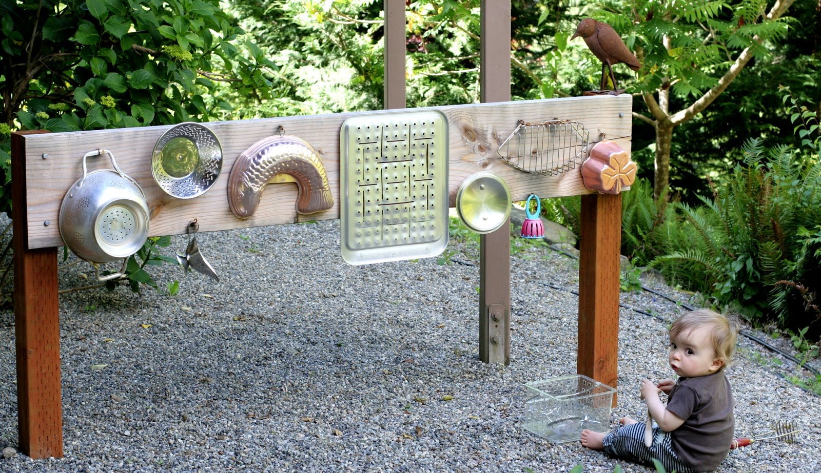 backyard design diy outdoor sound wall music station. Black Bedroom Furniture Sets. Home Design Ideas