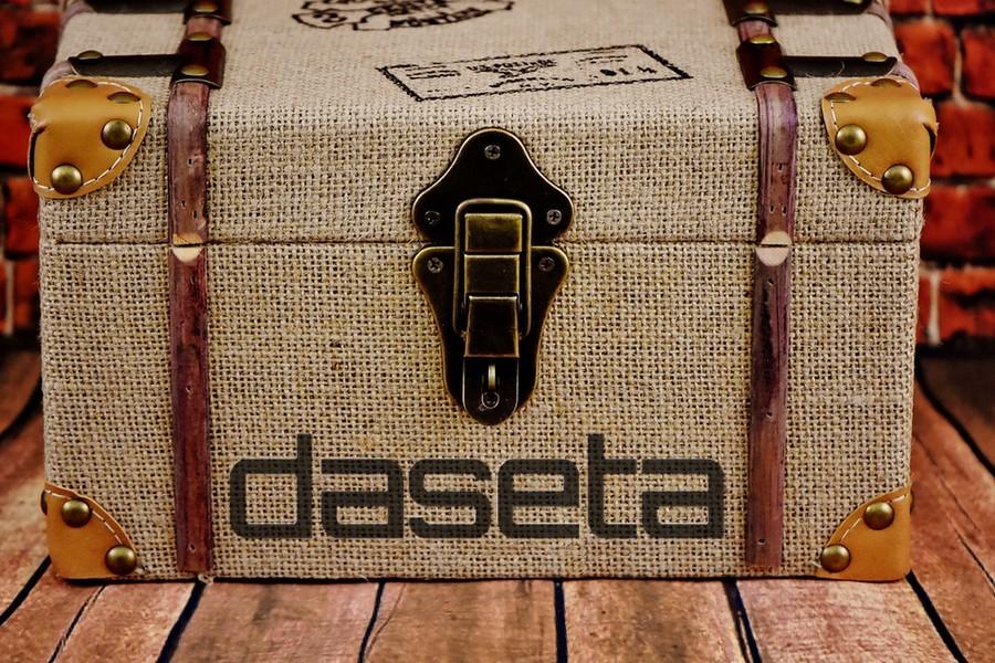 Daseta Mock Box