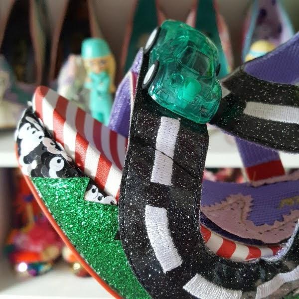 close up of platform sole on racing car sandal