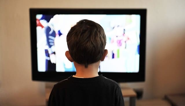Cara Mencegah Dampak Negatif Internet pada Anak Anak