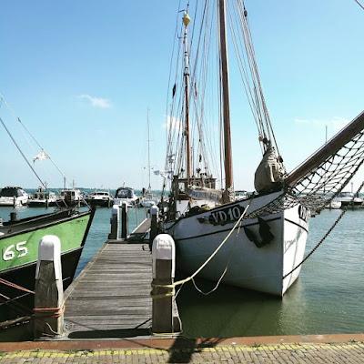 Volandam perkampungan nelayan Holland yang lawa giler