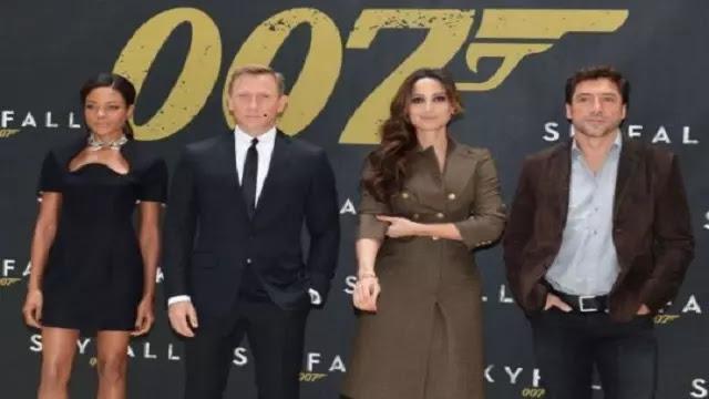 Review Film SKYFALL (2012) - James Bond Kembali Beraksi dalam FILM SKYFALL