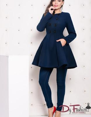 Palton de Dama in clos