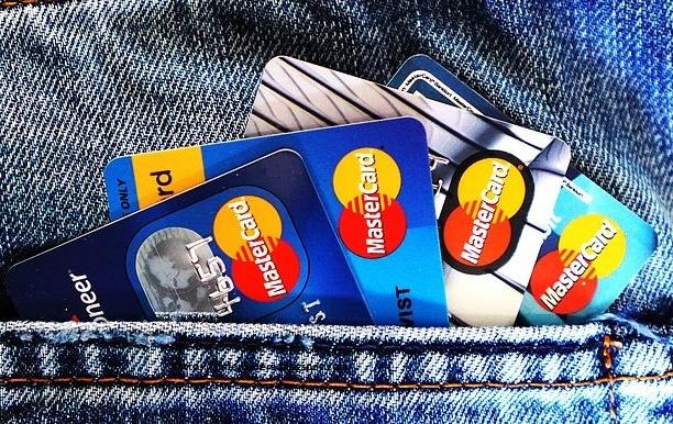 En qué consiste una tarjeta de crédito y cómo usarla?