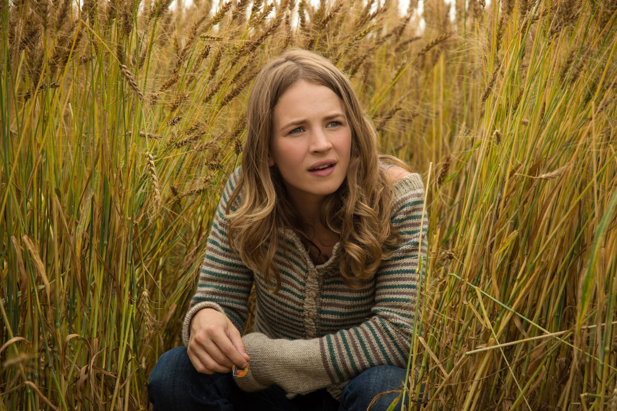 Britt Robertson HD Images and Wallpapers
